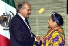 Escritor mexicano Carlos Fuentes