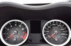 A bajas velocidades y en recorridos cortos se pueden abrir las ventanas.