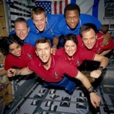 Astronautas del Columbia, murieron en su regreso al planeta.