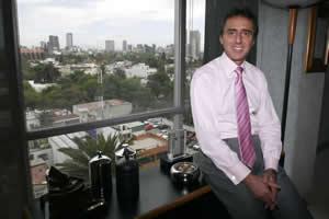 El empresario judío Moisés Saba fue otra de las víctimas de aviones privados.