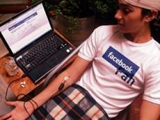 Las redes sociales son su principal medio para socializar.