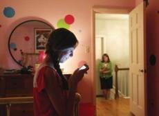 Redes sociales: acercan a los que están lejos y alejan a los que están cerca.