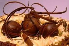 El comer chocolates no produce acné es sólo un mito.