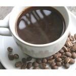 El café proviene de Arabia y es una de las bebidas más populares.