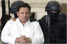 Predicador boliviano intentó secuestrar un avión con amenaza de bomba.