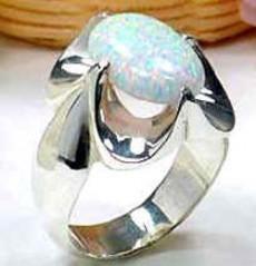 El zafiro es la piedra favorita de las madres libra.