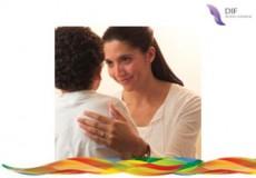 Los especialistas recomiendan a los padres adoptivos contar a sus hijos su condición.
