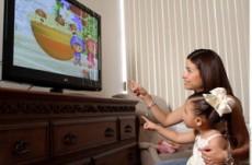 No es aconsejable que menores de 2 años vean televisión