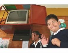 La telesecundaria atiende a más de un millón de alumnos en comunidades rurales.