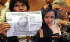La madre de una de sus víctimas aseguró que nadie le ayudó.
