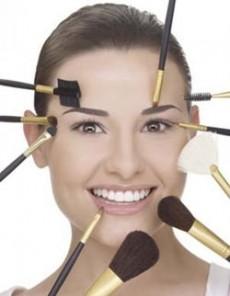 El maquillaje siempre da un plus adicional a la belleza