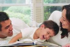 Los padres deben transmitir valores no con palabras sino con ejemplos.