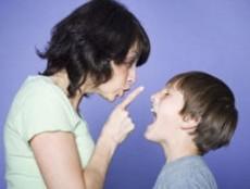 Ser padre no amigo, hay que amar y poner límites.