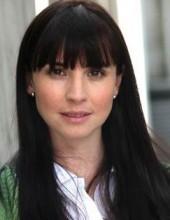 Andrea Torre, actriz, le divierte hacer intercambio de calzones rojos y amarillos.