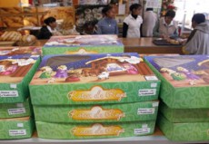 Socióloga refiere a que comerciantes son los que te fuerzan al consumo de la rosca.